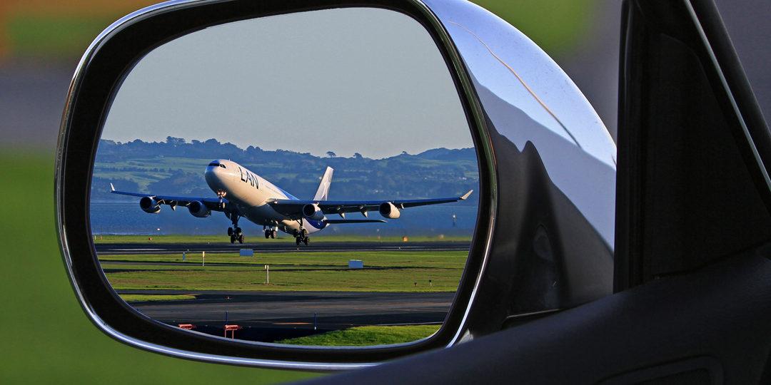 http://crossroadscourier.com/wp-content/uploads/2017/11/Same-Day-Next-Flight-Out-Service-1080x540.jpg